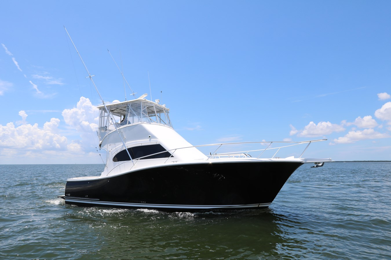 2009 LUHRS 35 Convertible For Sale
