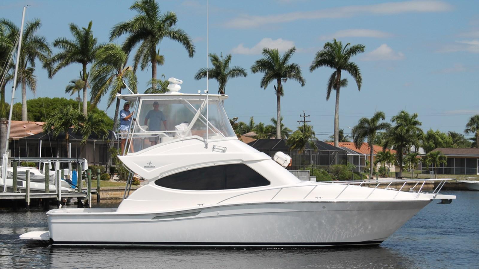 2011 BERTRAM 410 Convertible For Sale