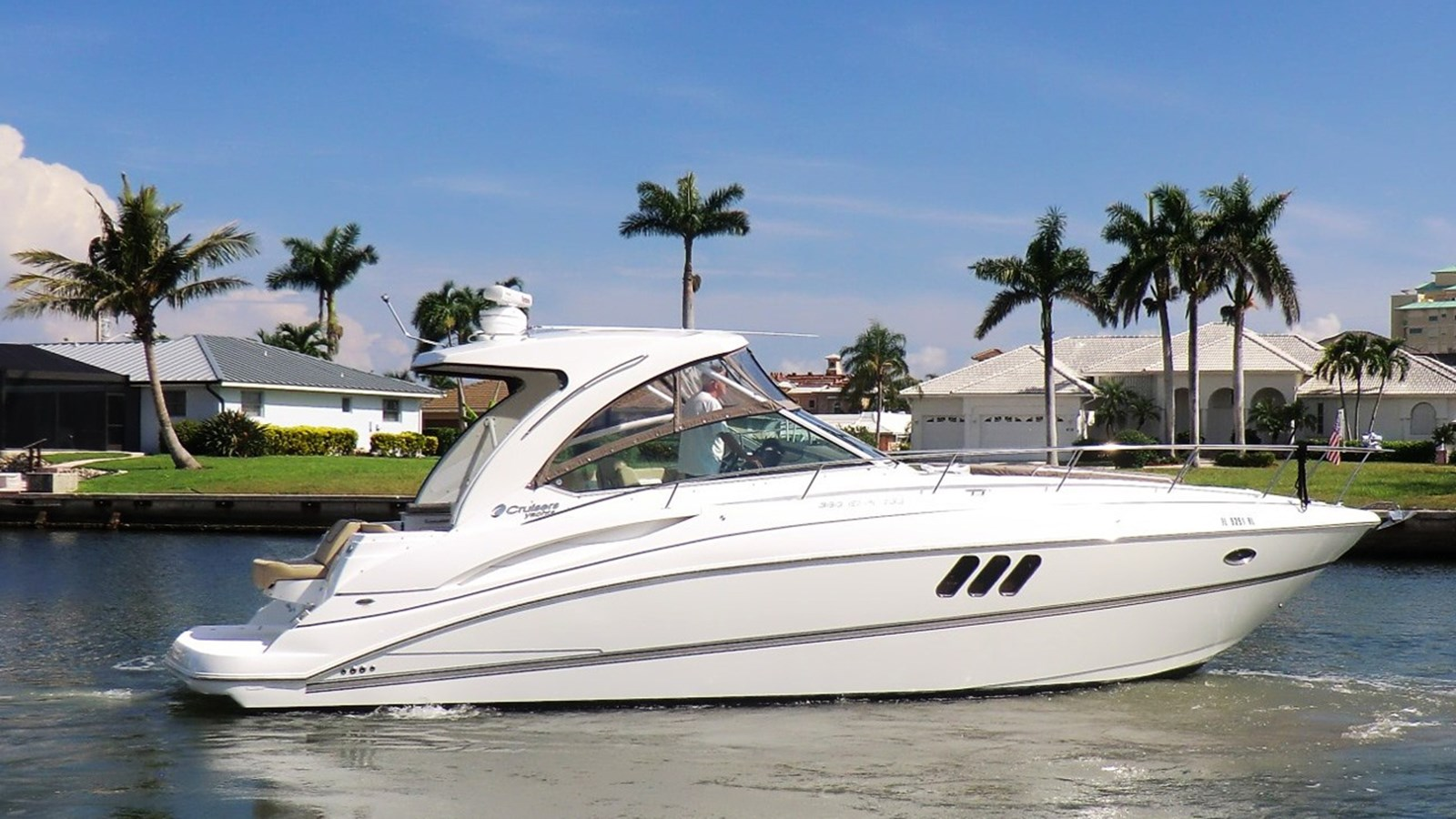 2013 CRUISERS 380 Express Diesel For Sale