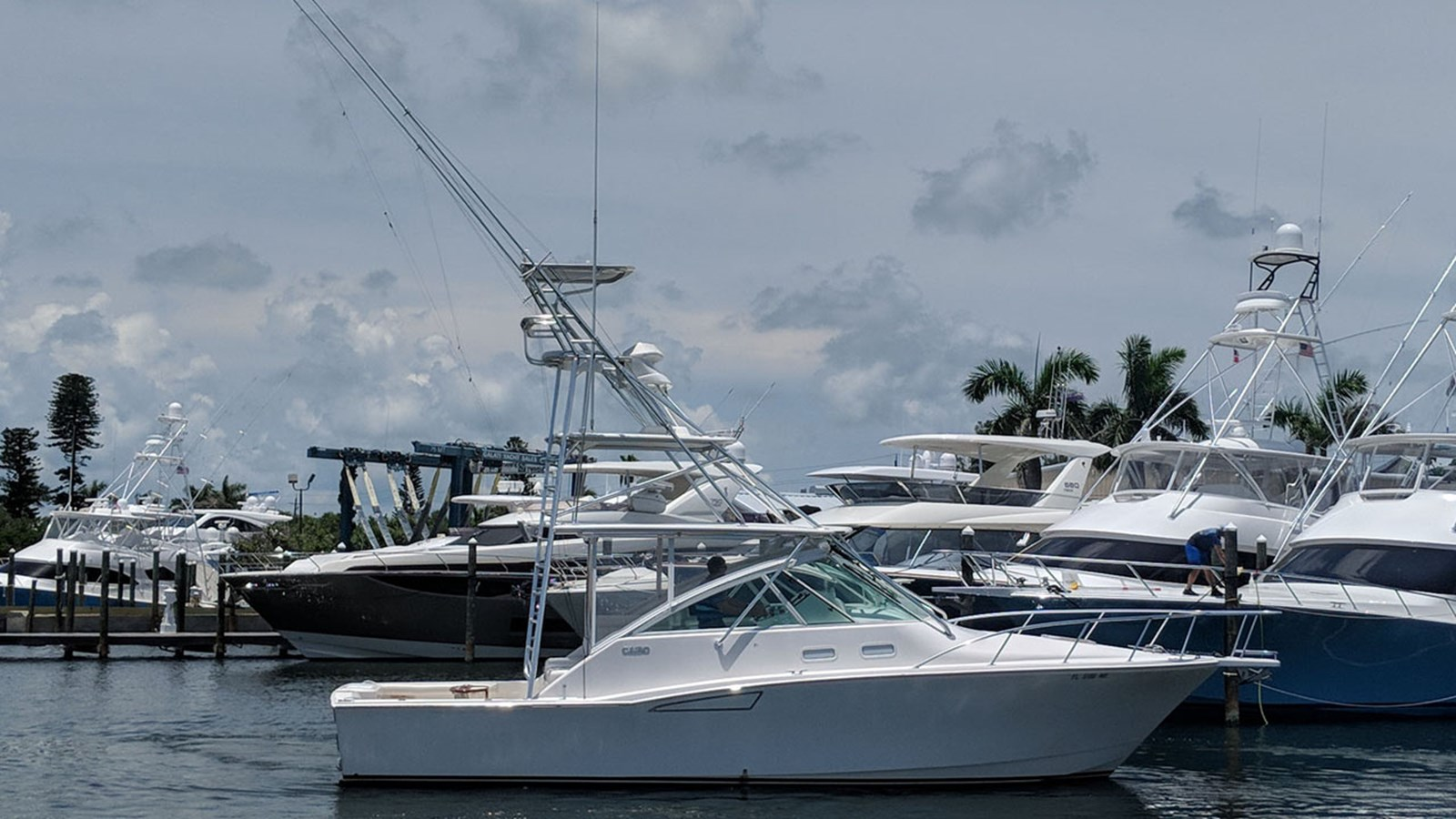2005 CABO 35 Express For Sale
