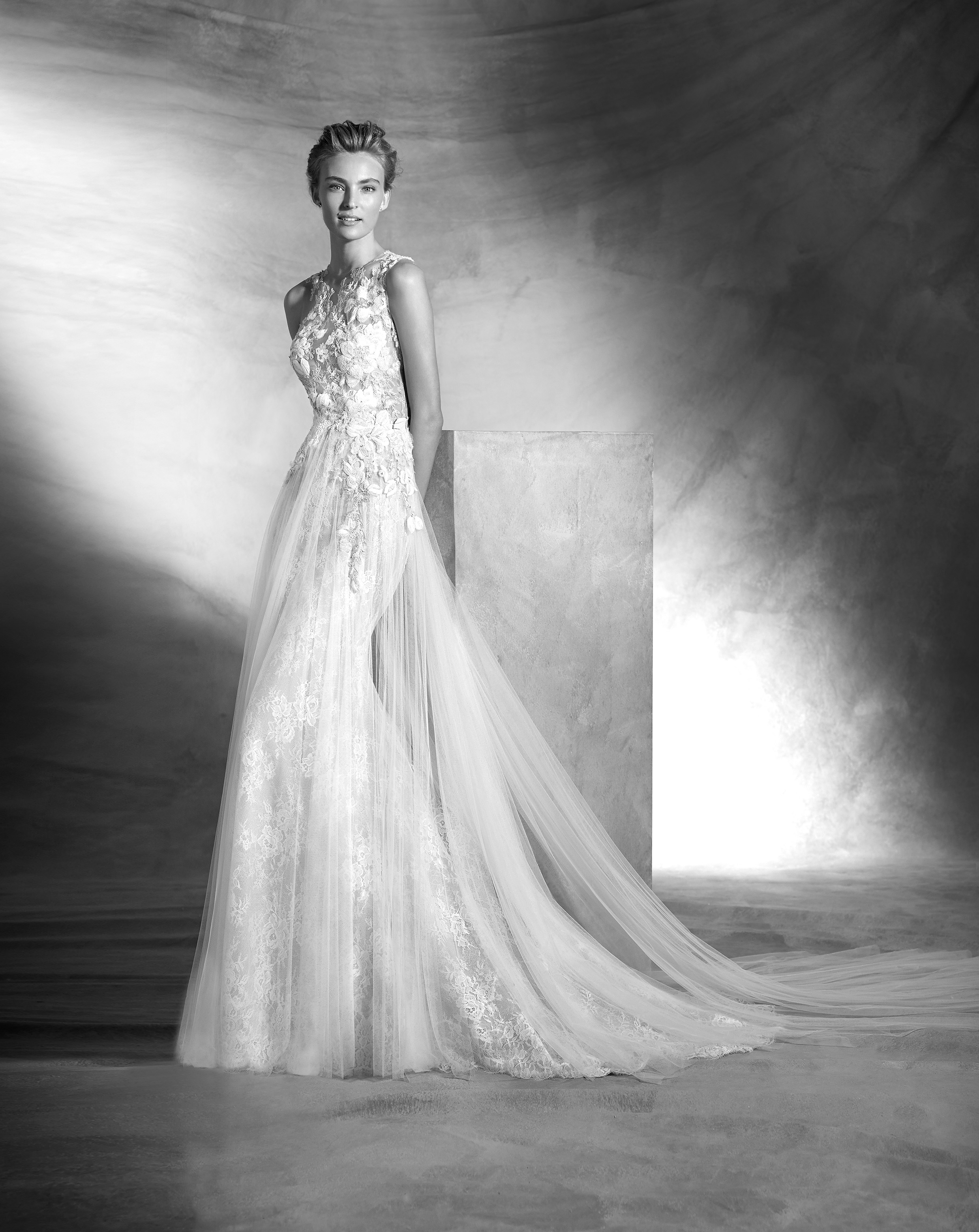 Vintage atelier pronovias 2016 bridalpulse wedding dress gallery bridalpulse wedding dress gallery atelier pronovias 2016 floor ivory mermaid trumpet illusion ombrellifo Choice Image