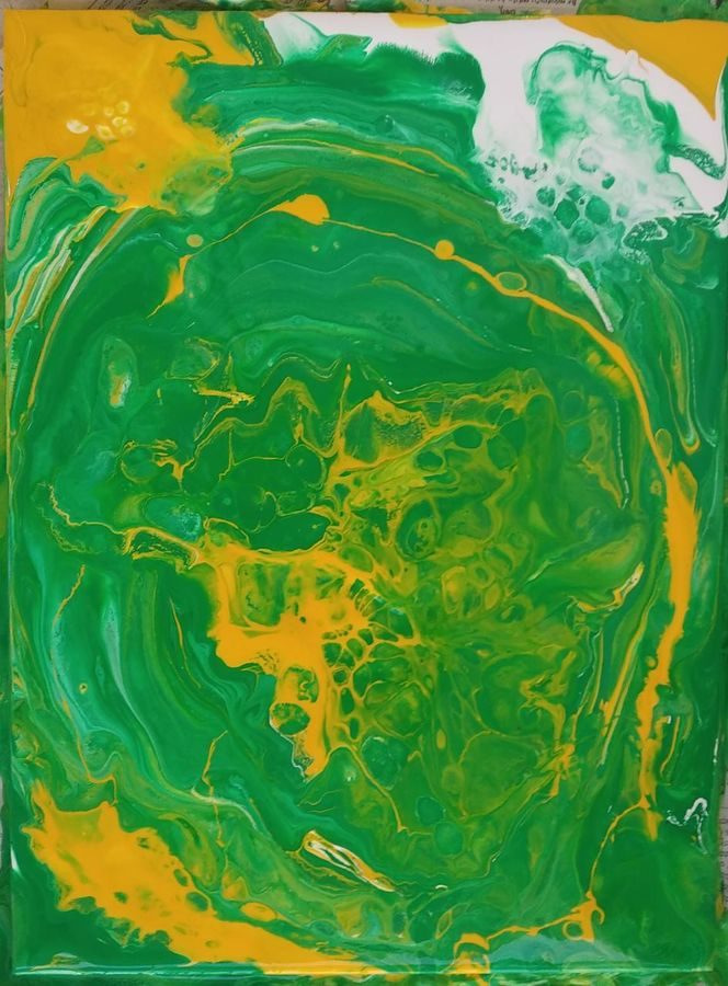 green swirl, 13 x 10 inch, irene james,13x10inch,wood board,paintings,abstract paintings,paintings for dining room,paintings for living room,paintings for bedroom,paintings for office,paintings for hotel,acrylic color,wood,GAL01101930559