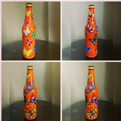 hand painted glass bottle (single bottle), 4 x 7 inch, anjana powell,4x7inch,acrylic glass,handicrafts,vases,acrylic color,GAL02138833345