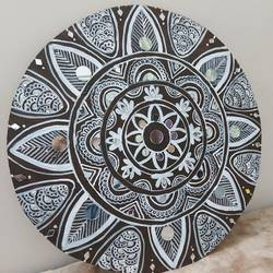 mandala art painting, 14 x 14 inch, shubha shrivastava,14x14inch,hardboard,folk art paintings,acrylic color,GAL02221334141