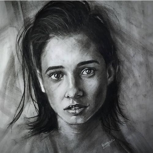 naomi scott, 8 x 5 inch, mahesh k,8x5inch,thick paper,paintings for living room,paintings for bedroom,photorealism drawings,portrait drawings,realism drawings,paintings for living room,paintings for bedroom,charcoal,GAL02924941361