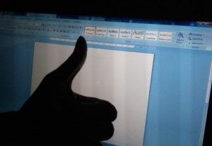 Faço críticas sinceras e ajudo a melhorar textos/poesias/trabalhos/redações