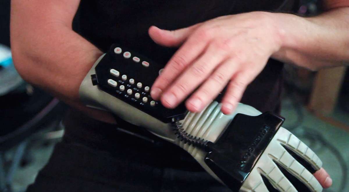 It Was Very Responsive (When Set Up Correctly) | 8 Reasons Why the Nintendo Power Glove Was Actually Awesome | Gammicks