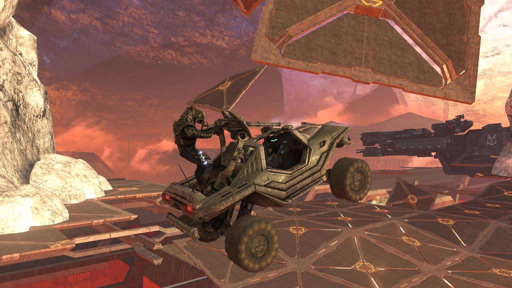 An easy going drive (Halo 3) | The Top 10 Most Insane Video Game Set Pieces | Gammicks.com