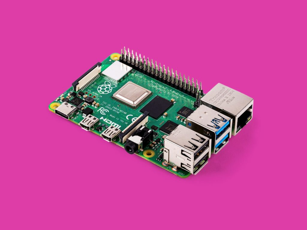Raspberry Pi | 2019 Holiday Gift Guide: What to Get For the Gamers In Your Life | Gammicks