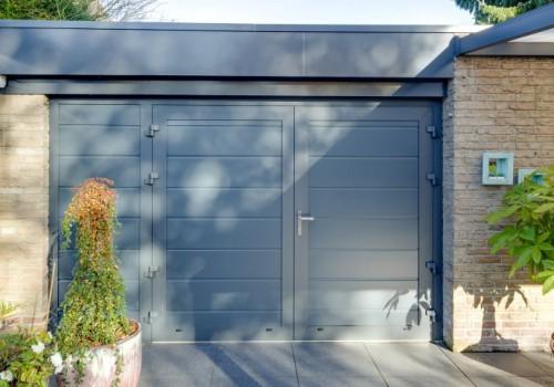 moderne geisoleerde en veilige garagedeur