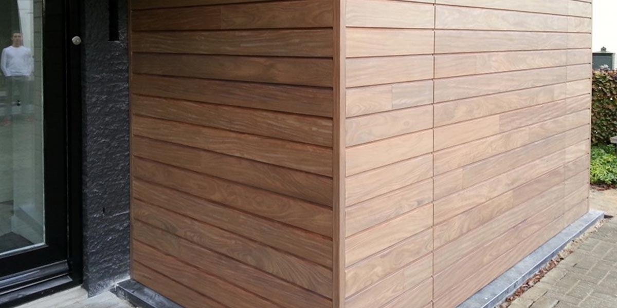 elektrisch-houten-garagedeur-met-gevelbekleding-2