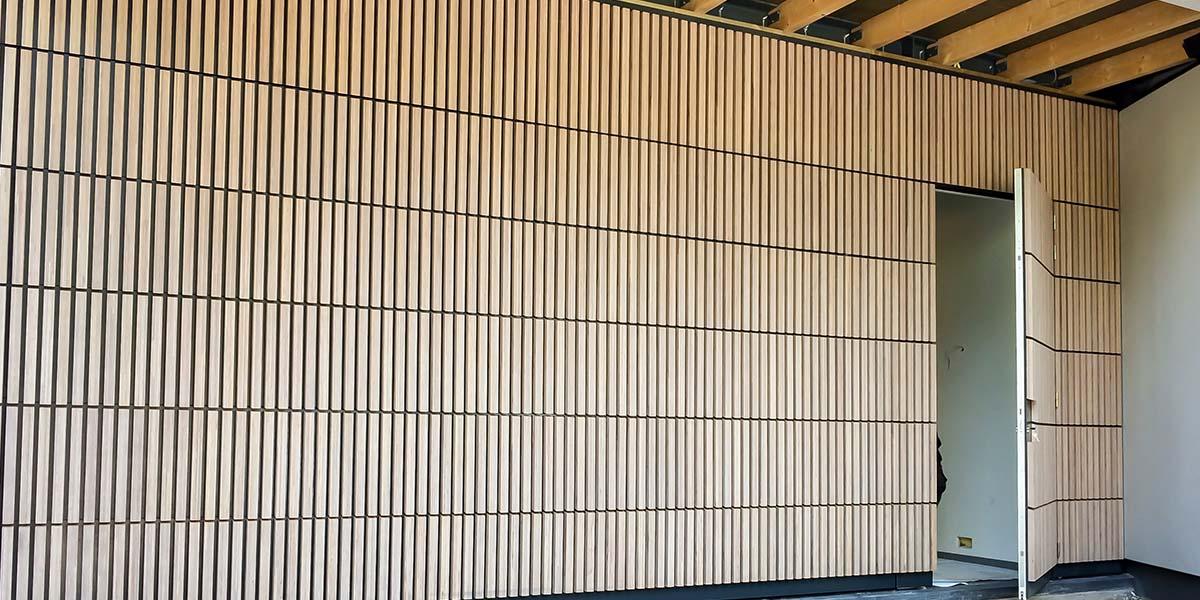 houten-sectionaaldeur-verticaal-bamboe-31