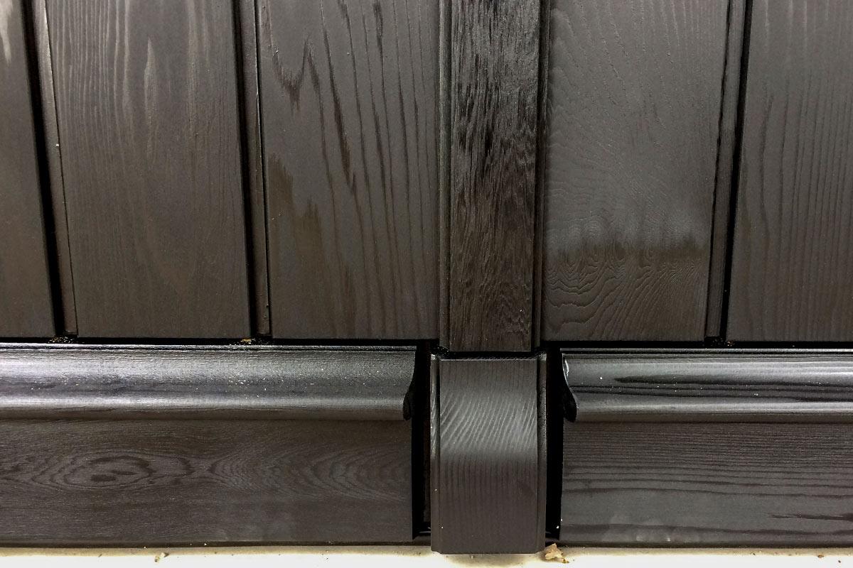 Houten-sectionaaldeur-verticale-delen-Red-Cedar-4