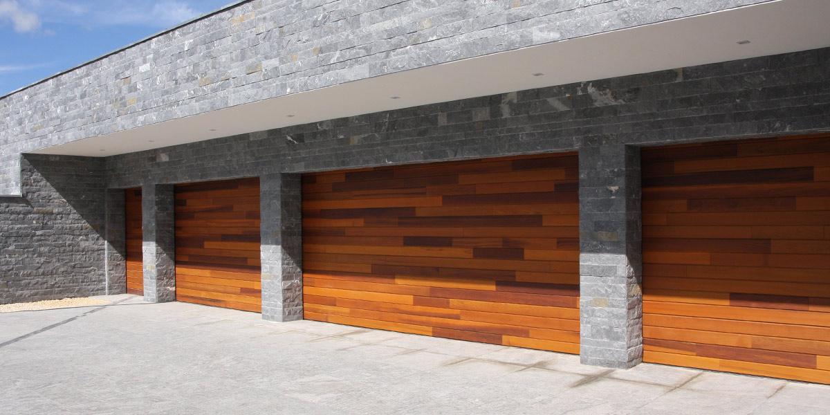 houten-garagedeuren-red-cedar-polen-header