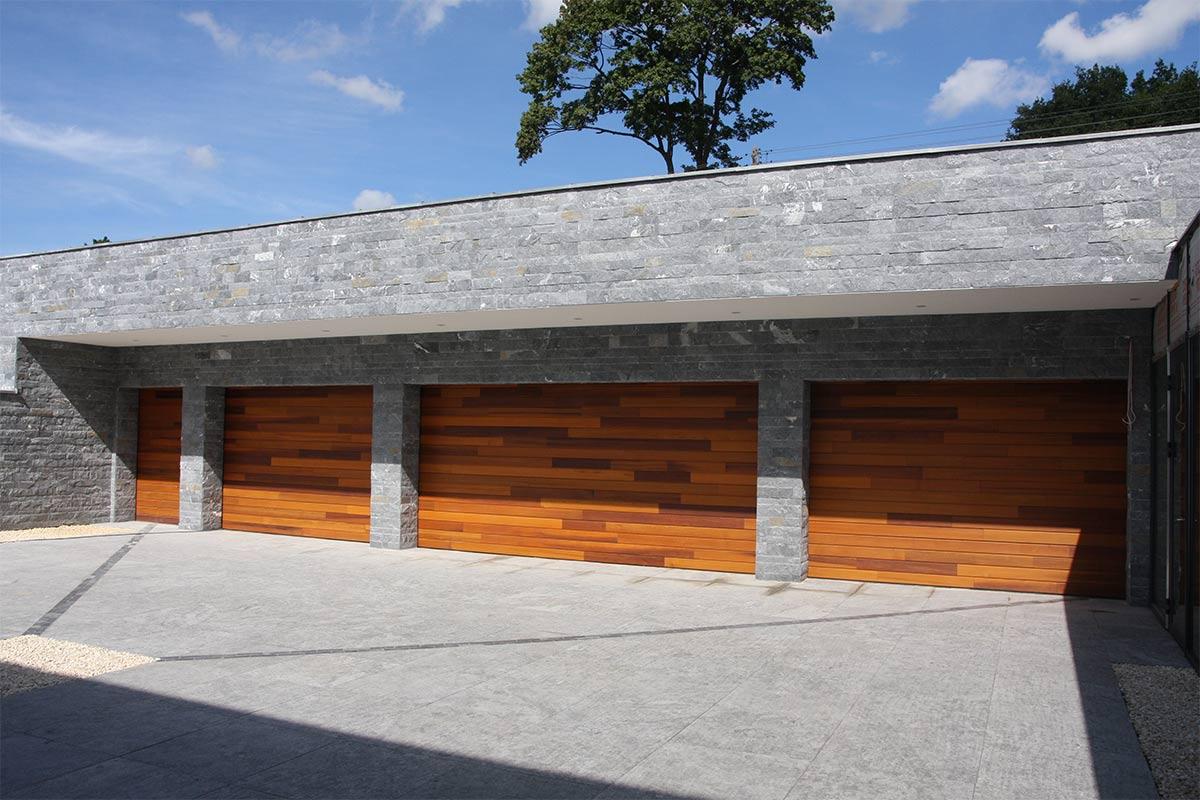 houten-garagedeuren-red-cedar-polen-8