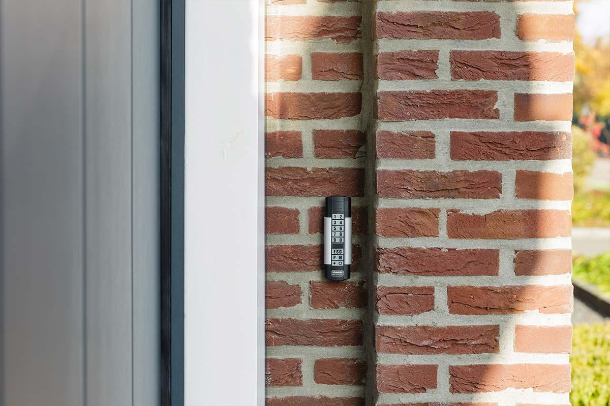 automatische-garagedeuren-codeklavier