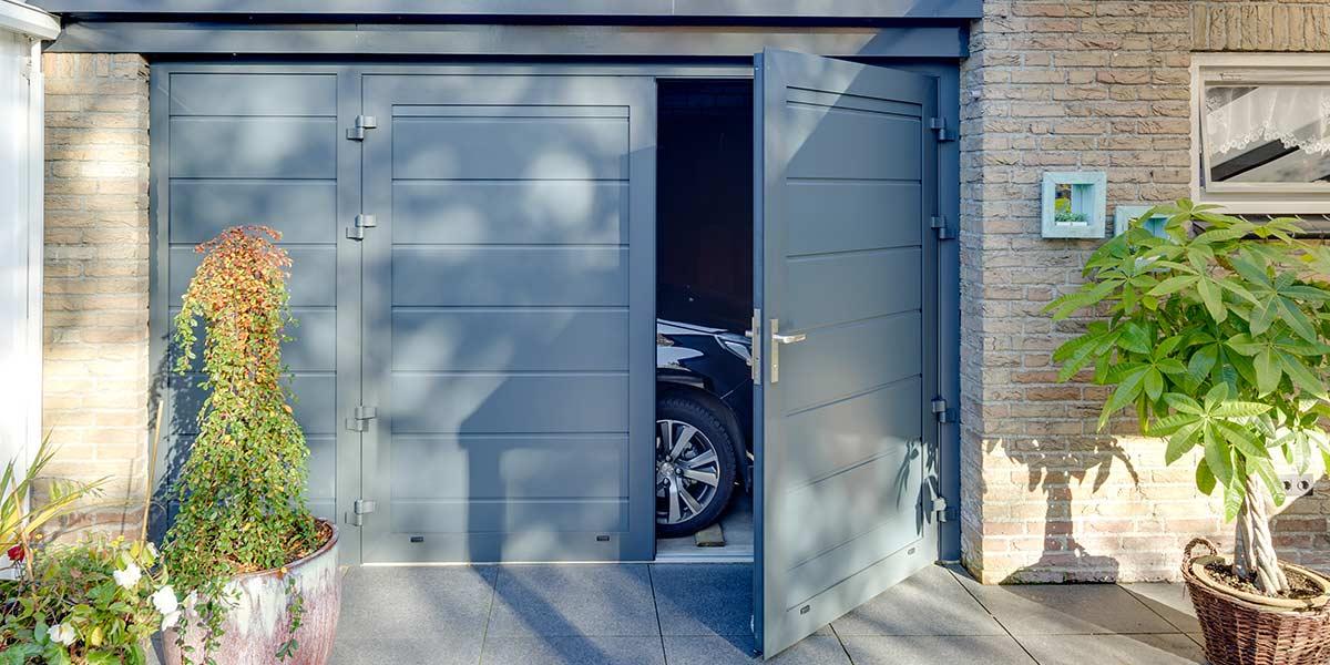 openslaande-garagedeur-vast-zijstuk