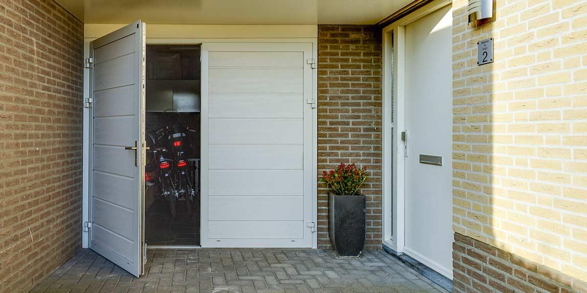 geisoleerde garagedeur openslaand