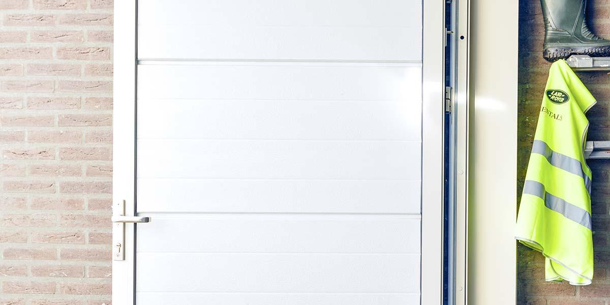 Panelen deur garage