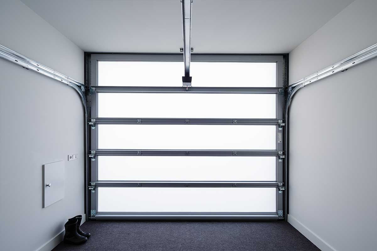 Volledig-glazen-sectionaaldeur-3