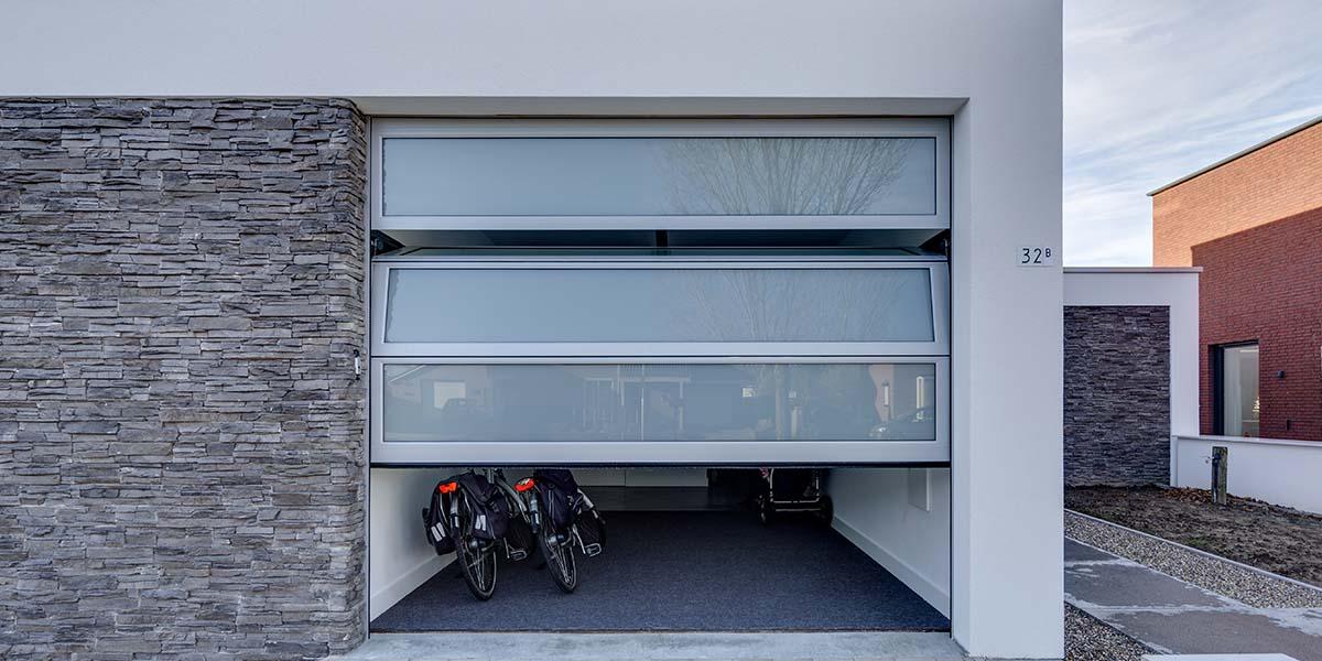 elektrische-garagedeur-volledig-glas1