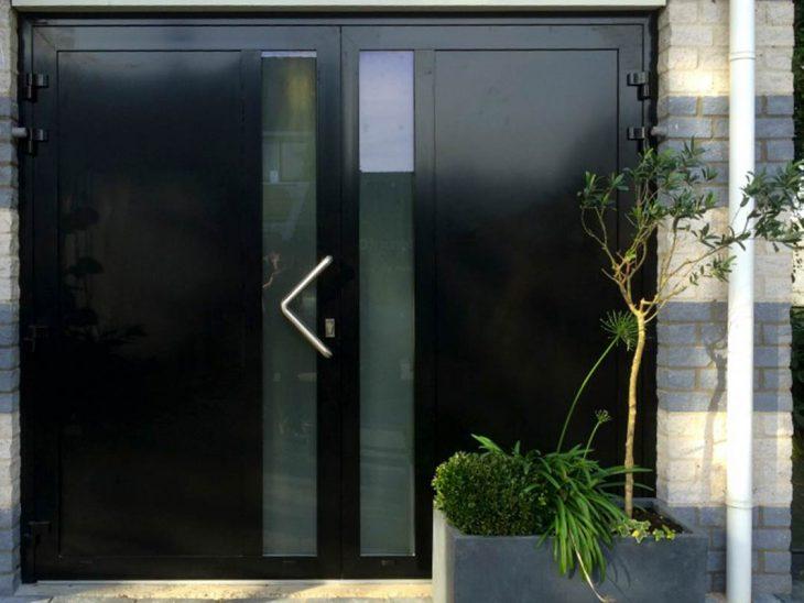 moderne openslaande garagedeuren