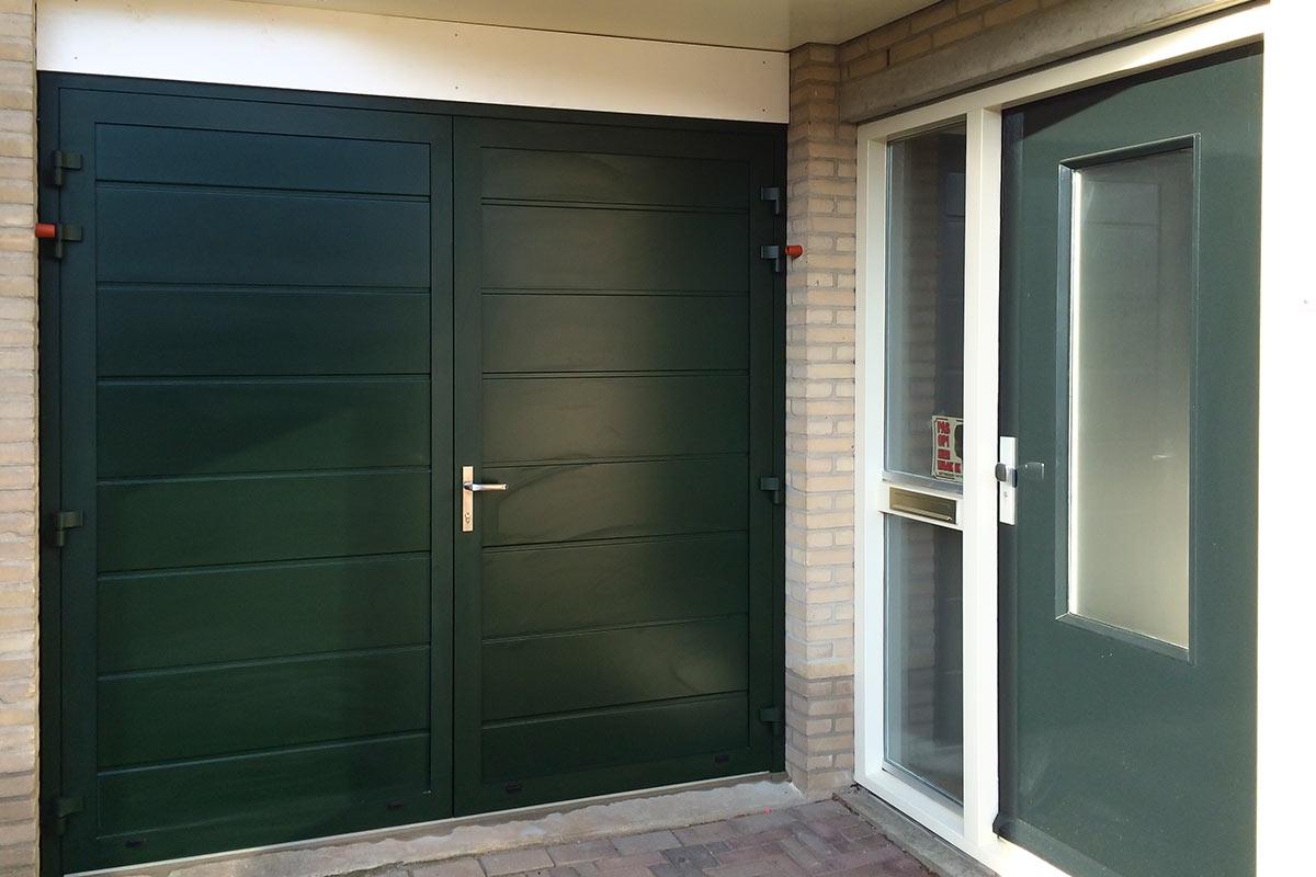 groene-onderhoudsvrije-garagedeur-3