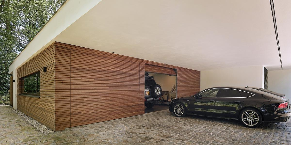 3-sectionaaldeuren-geïntegreerd-in-de-gevel-geproduceerd-van-Plato-Free-Willy-6