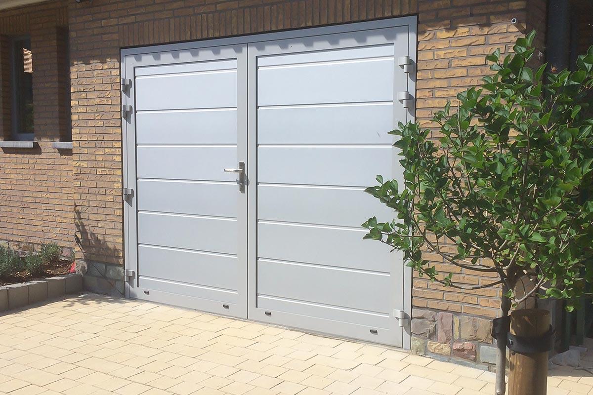 Openslaande-garagedeuren-vlak-glad-3