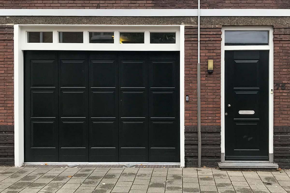 houten-voordeur-sierlijsten