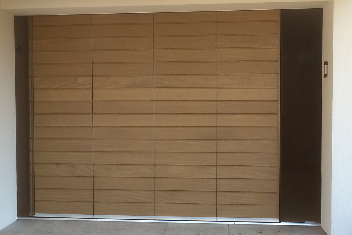 houten-zijwaartse-sectionaaldeur-3