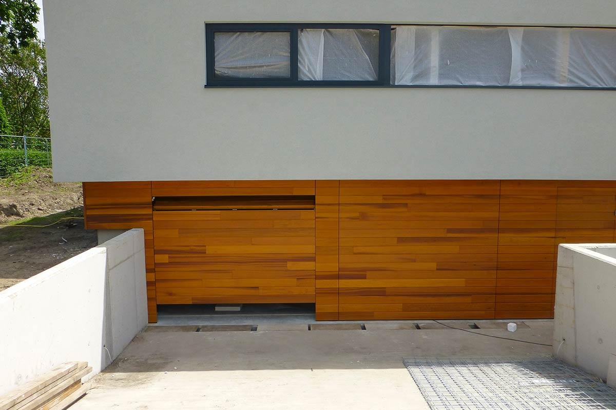 houten-sectionaaldeuren-red-cedar-behandeld-3
