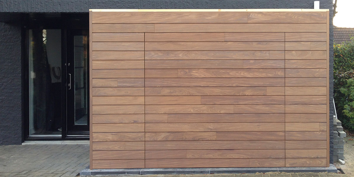 garagedeur-afrormosia-hout
