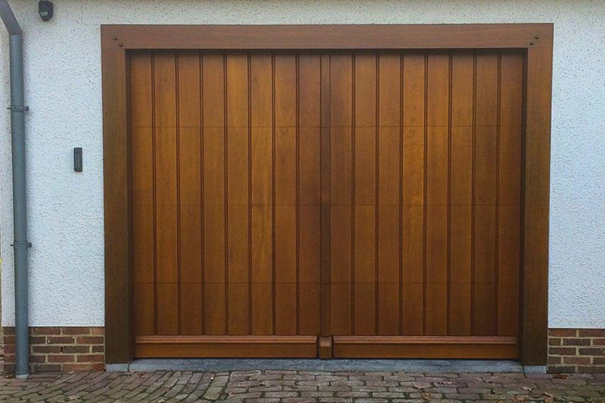 Houten-sectionaal-deur-slaglat-weldorpel-neutje