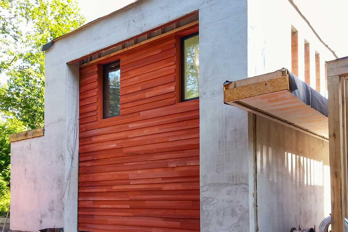 padoek-hout-garagedeur-gevel-3