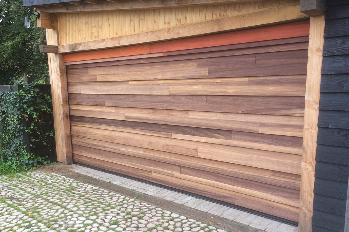 padoek-houten-sectionaaldeur-garagedeur