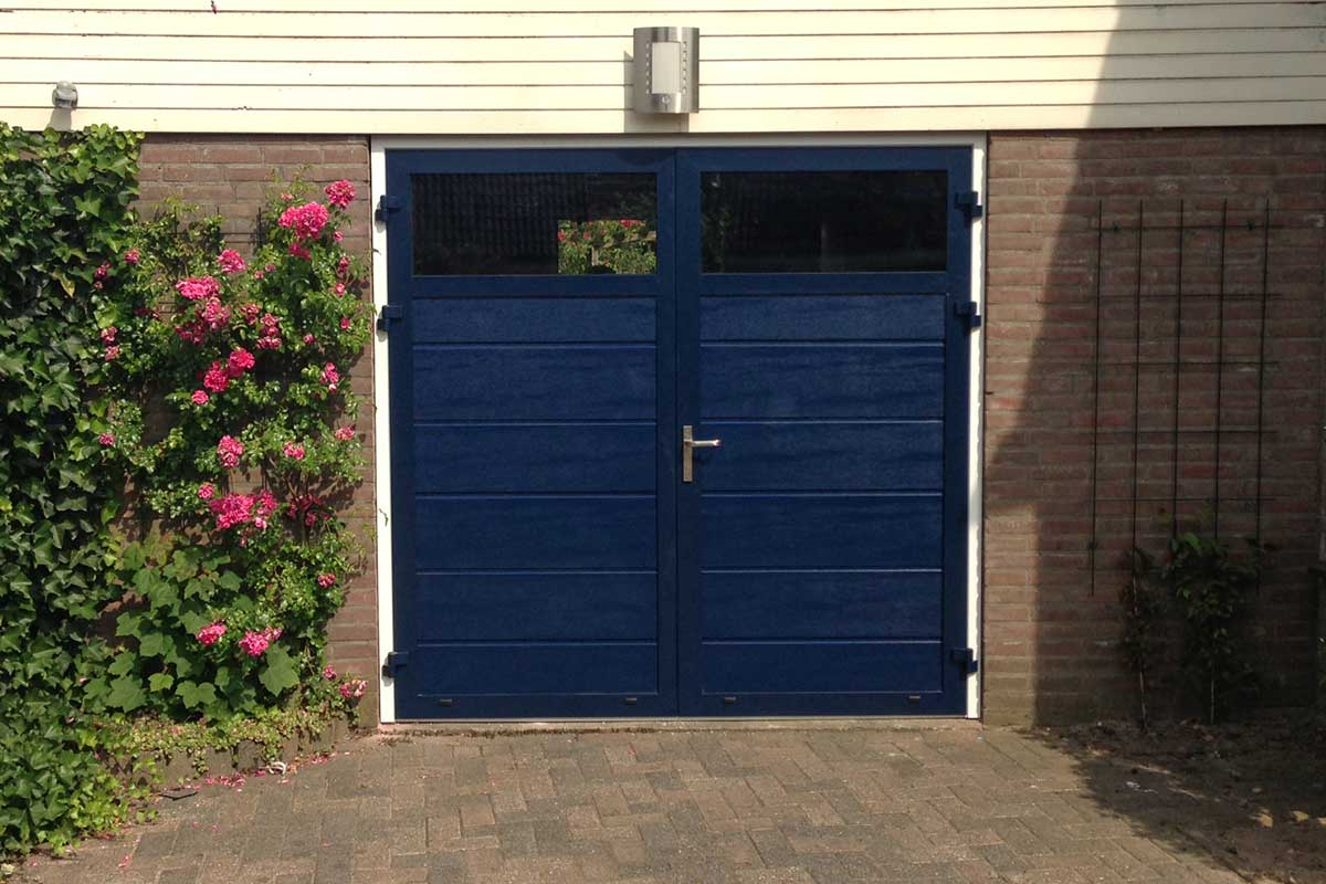 Openslaande-deur-malden-RAL-5011-blauw