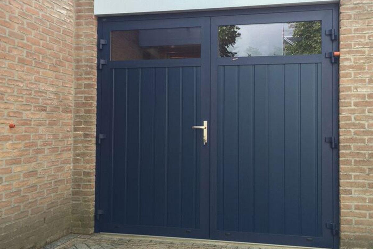 openslaande-deuren-geisoleerd-3puntsgesloten-blauw