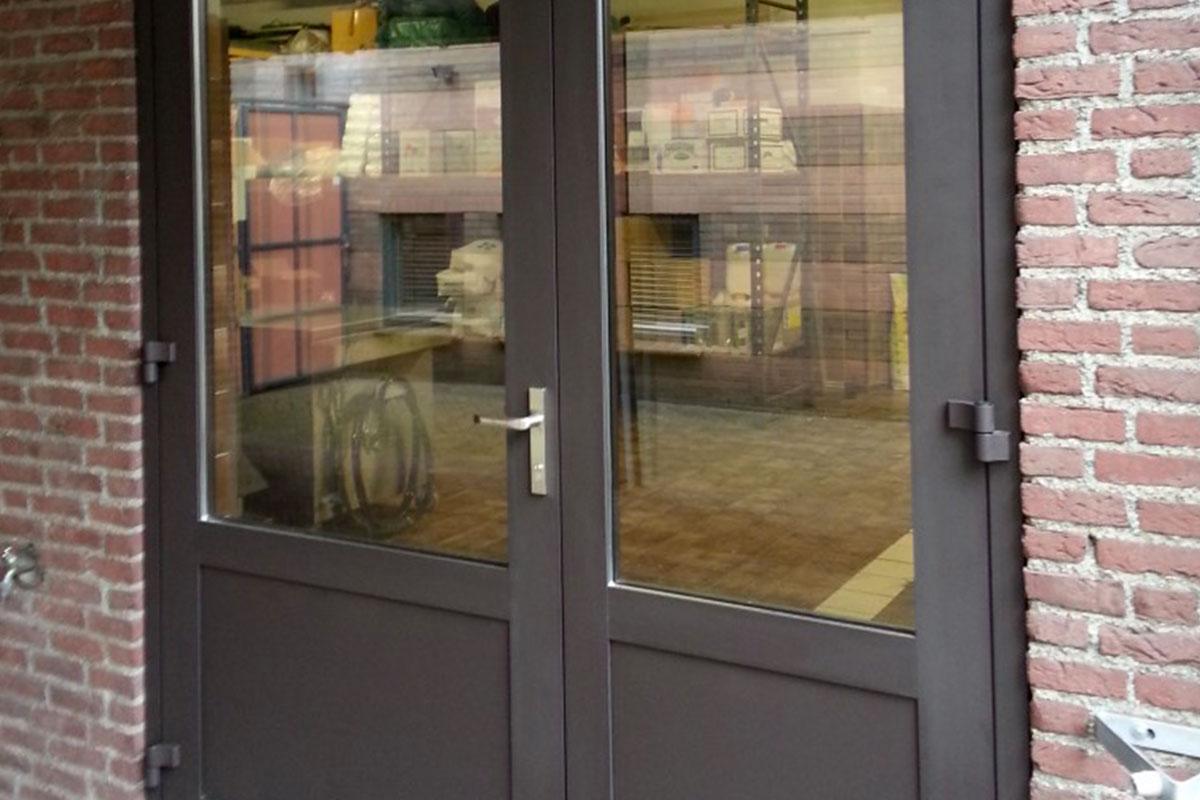 Dubbele-garage-deuren-geisoleerd1