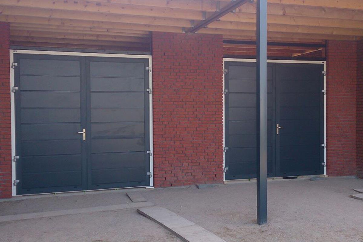 Dubbele openslaande garagedeuren
