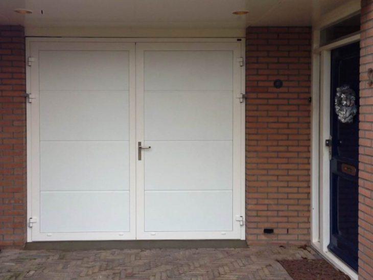 Witte garagedeur