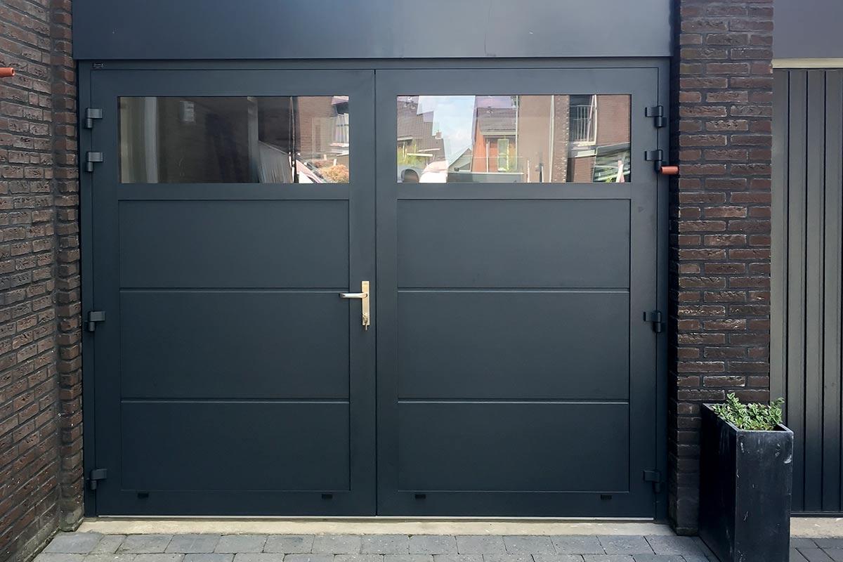Onderhoudsarme-openslaande-garagedeur-8