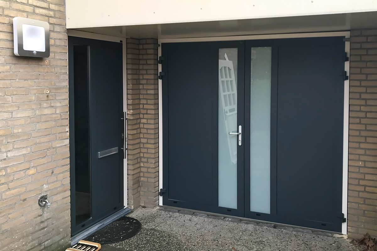 onderhoudsarme voordeur en garagedeur hr-glas