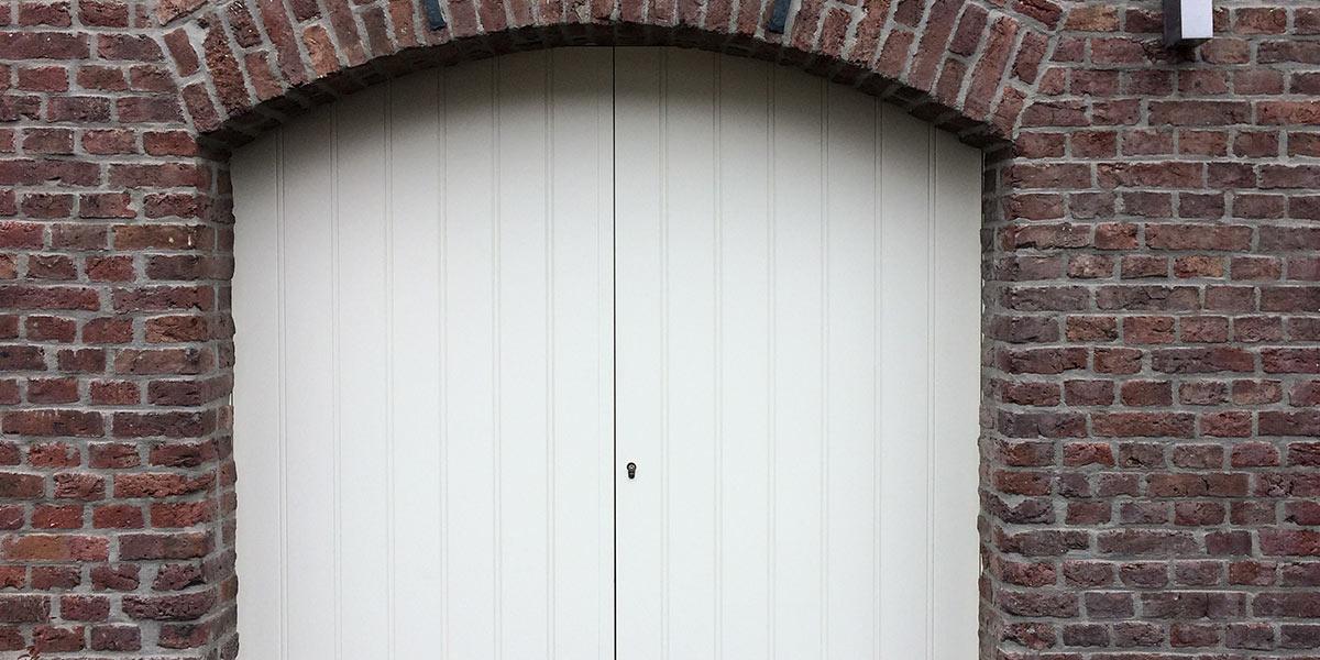 getoogde-openslaande-garagedeur
