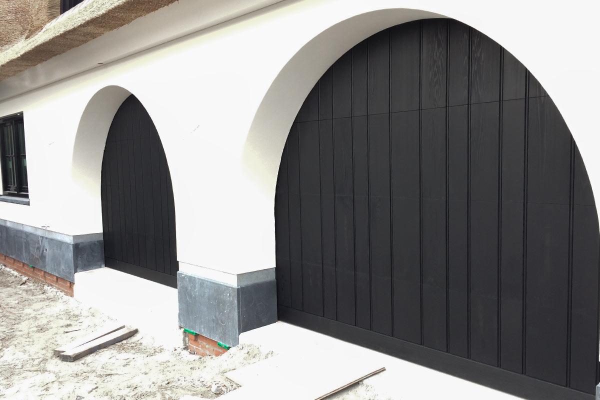 getoogde-houten-sectionaaldeuren