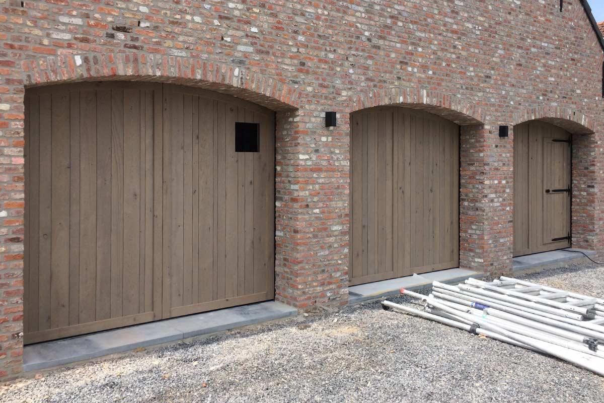 houten-garagedeuren-klassiek
