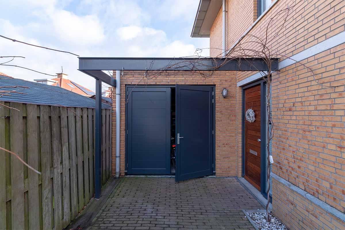 houten-openslaande-garagedeur-grijs-blauw_0011