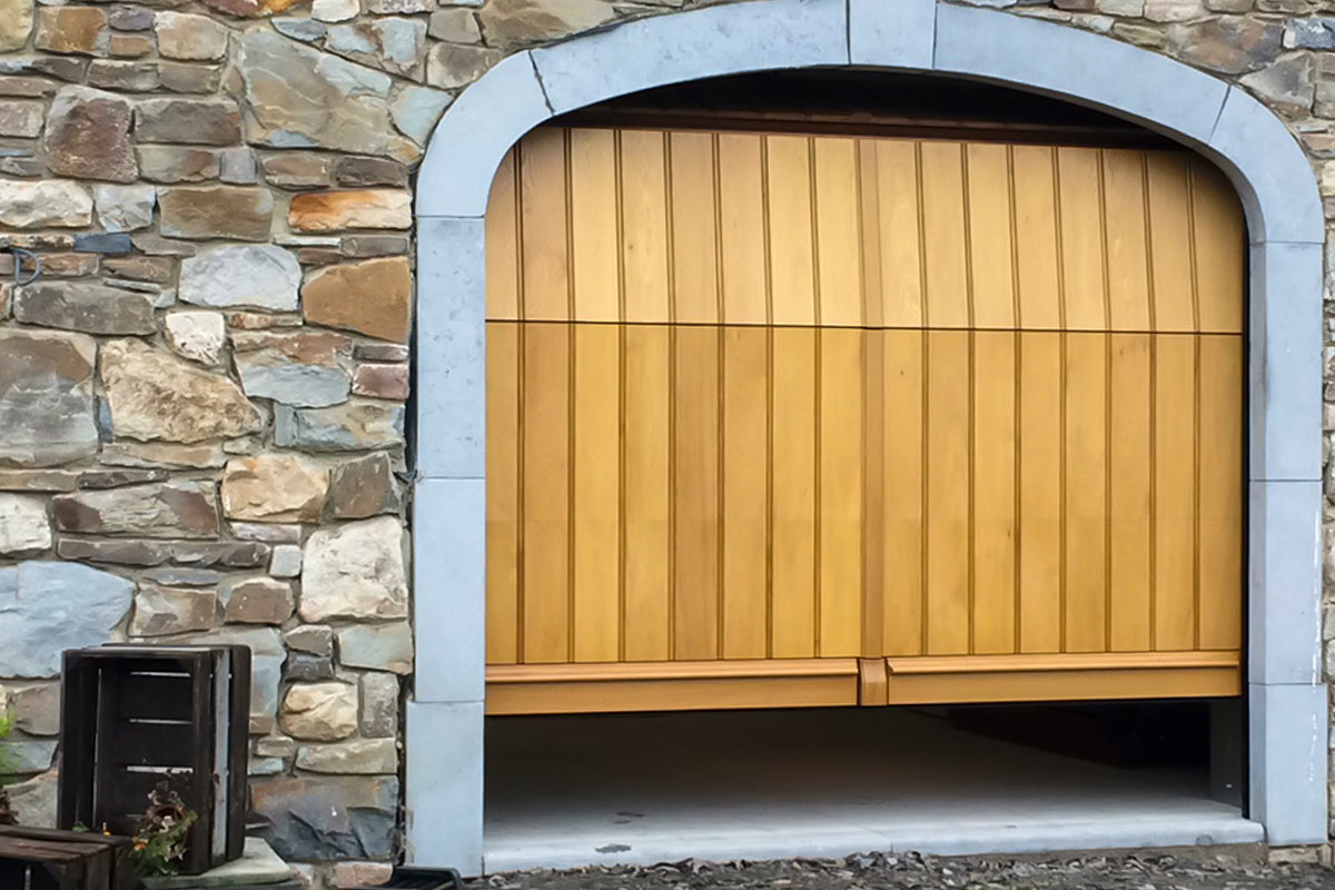 eiken-verticale-garagepoort
