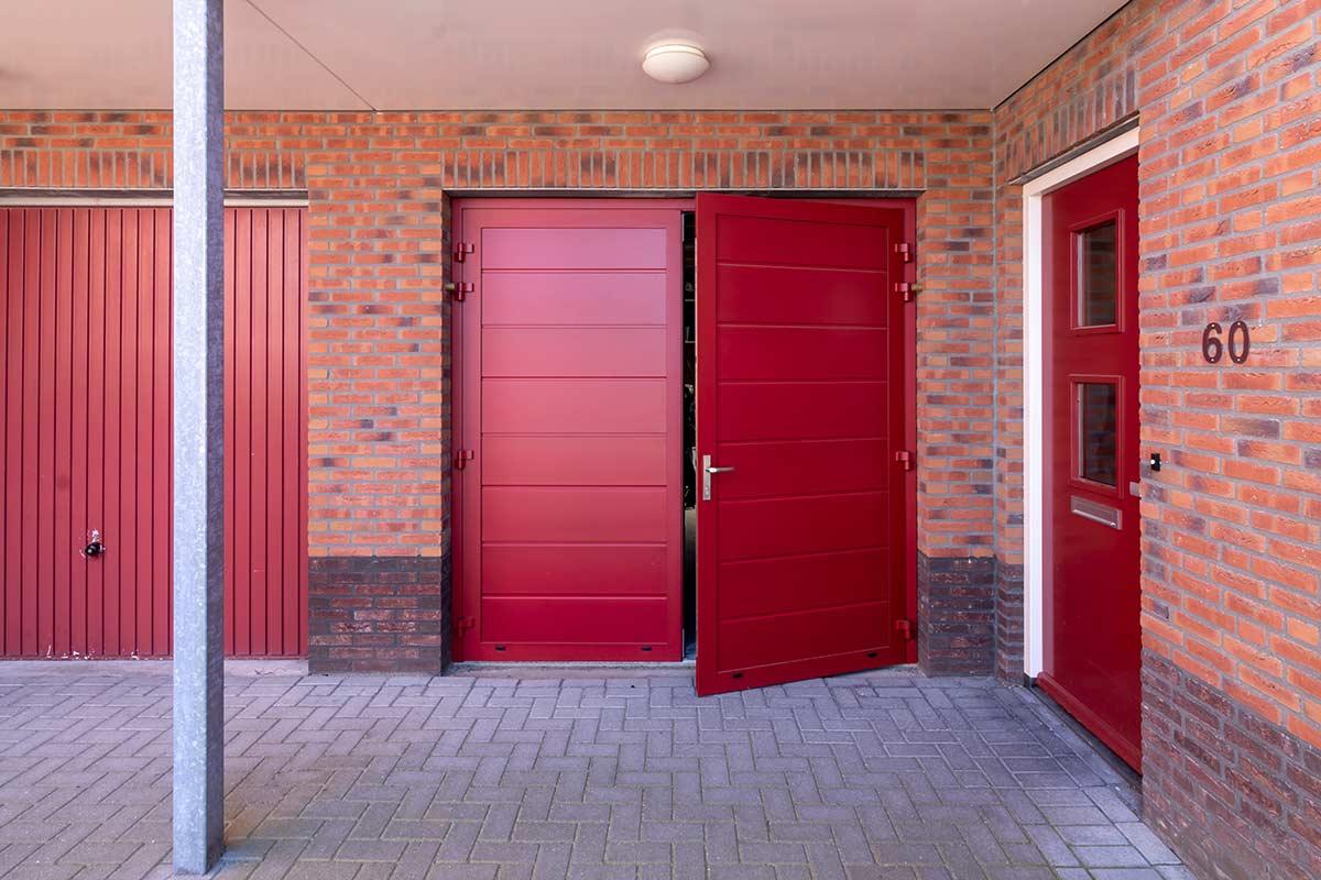 volledige-geisoleerde-openslaande-garagedeur
