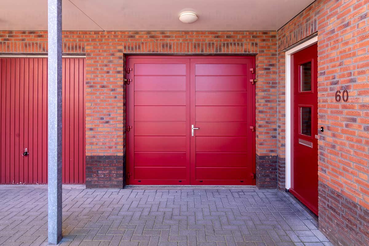 volledige-geisoleerde-openslaande-garagedeur-2